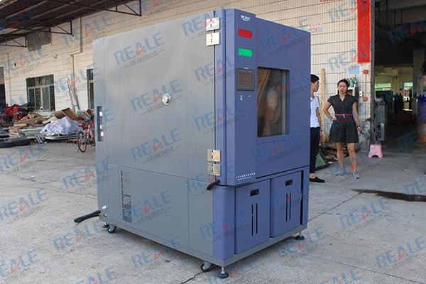 一文了解温度湿热交变试验箱的4大优势!